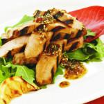 Smażone steki z tuńczyka w ostrym sosie