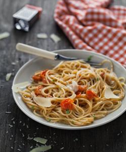 krzeslo-obrotowe-pasta-pomidoro