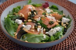 wina -salmon-salad