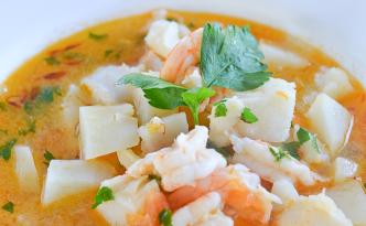zupa rybna catalon
