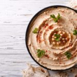 Hummus z łososiem
