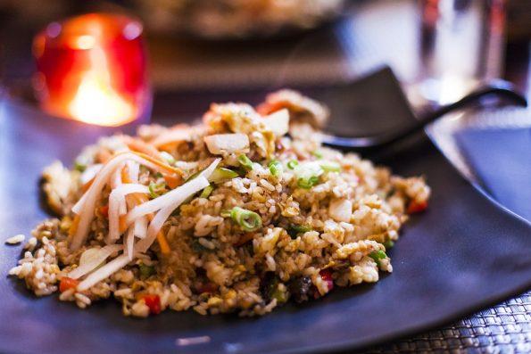 węgorz smażony z ryżem