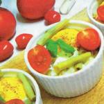 Zapiekane jajka z fasolką szparagową