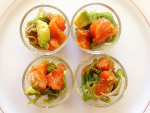 salmon-poke-with-avocado-and-seaweed-salad
