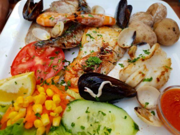 Ryba gotowana na parze na obiad